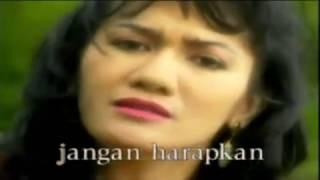 Download Christine Panjaitan - Tangan Tak Sampai