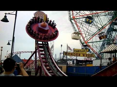 Electro Spin Ride at Coney Island Amusement Park July 2011 (Video 19) by jonfromqueens streaming vf
