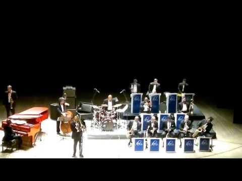 Duke Ellington Orchestra - Caravan (2013)