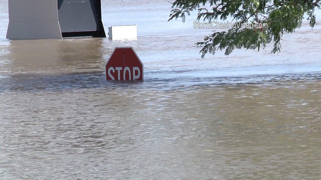 7/8/2014 LaGrange, MO River Flood Crest B-roll