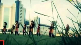 رقص بنات سعوديات على البحر في وضح االنهار جميل