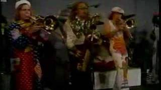 Bee Bumble Boogie - Roto Rooter Good Time Christmas Band!