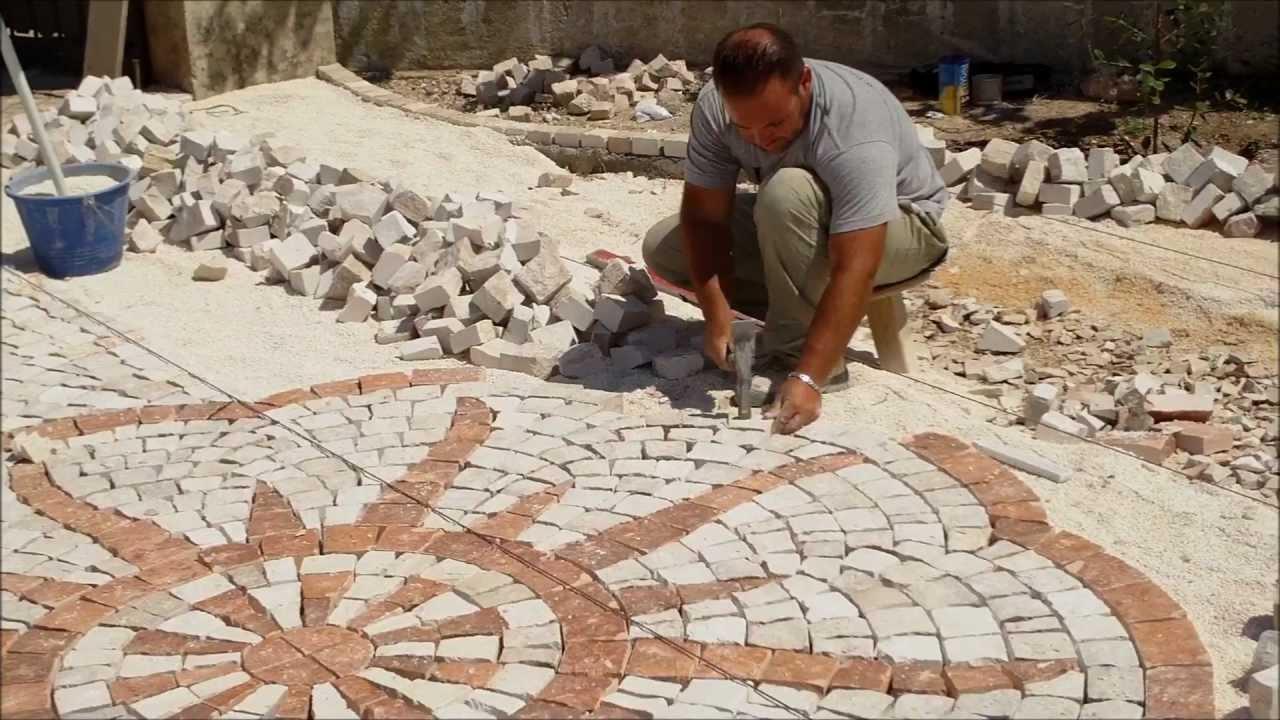 Plm iphone pavimenti esterni in pietra in sampietrini a for Ciottoli da giardino leroy merlin