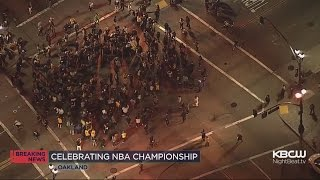warriors fans take to the streets to celebrate nba championship