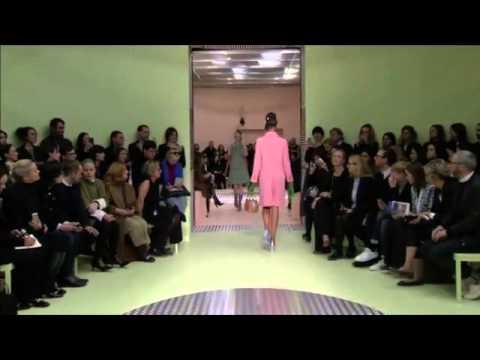 Prada fashion house in Milan Fashion Week, unveiled a futuristic 2015-16 autumn - winter collection