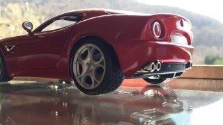 Alfa Romeo 8c Competizione 2007 1:18 scale (Bburago)