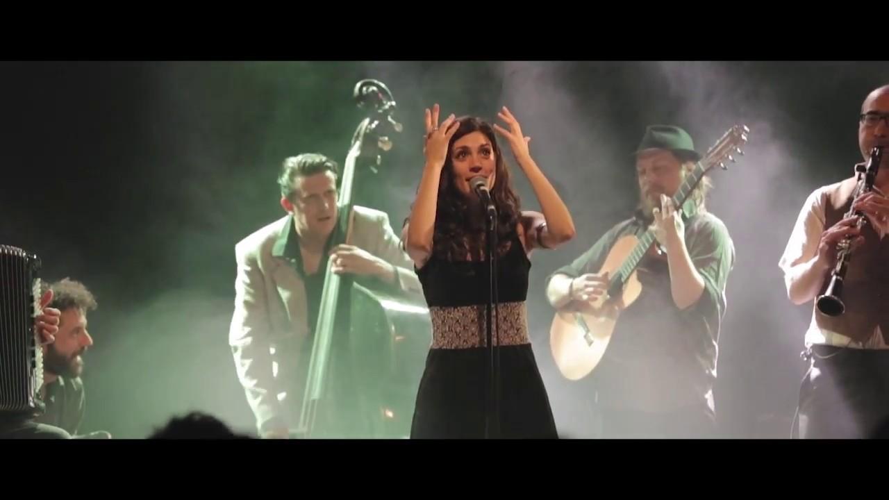 """Изведба на """"Македонско девојче"""" од шпански бенд во Минхен"""