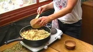 Savanyúkáposztás Szalonnás Nokedli -sour Cabbage And Bacon Dumplings-sauerkraut Und Speckknödel