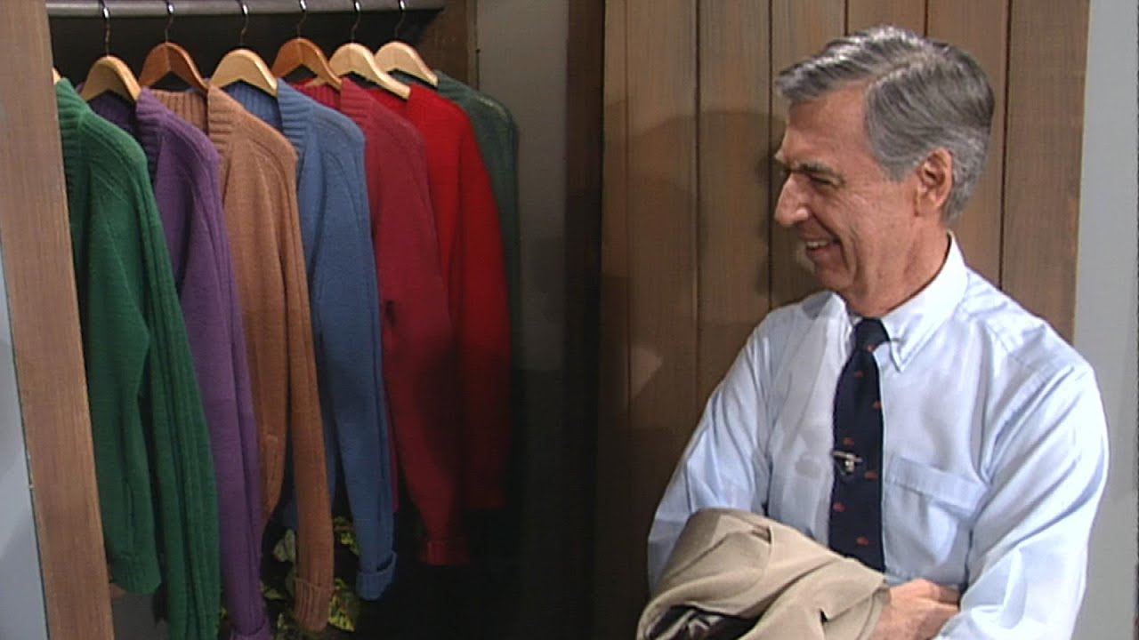 Mr Rogers Gives A Tour Of His Iconic Sweater Closet 1993 Et Flashback Youtube