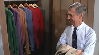 Mr. Rogers Gives A Tour of His ICONIC Sweater Closet | 1993 ET Flashback