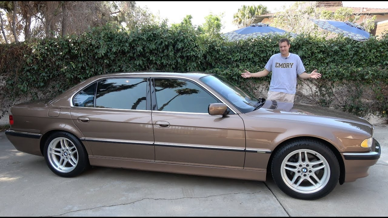 Here S Why The 2001 Bmw 7 Series Is The Best Luxury Sedan Ever Youtube