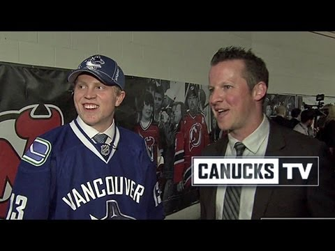Hunter Shinkaruk - Walking And Talking at NHL Draft