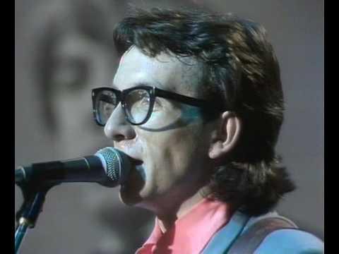 Elvis Costello & the Attractions  Revolver 1978        (Rare)