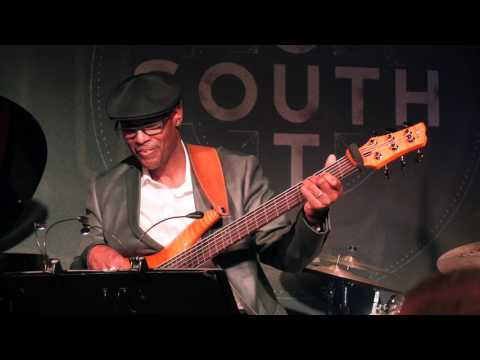 Jeff Lorber performs Soul Party