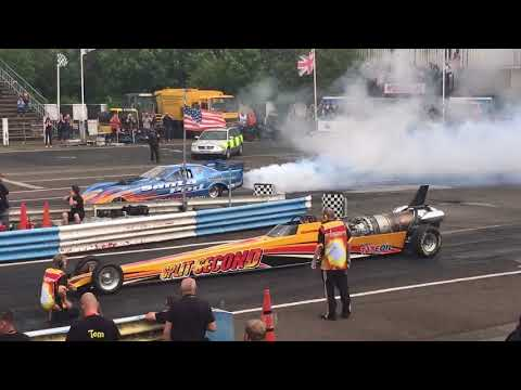 Side by Side jet cars Bull Dog Bash