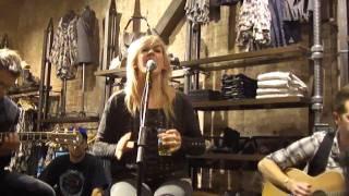Salt Skin (Acoustic) --Ellie Goulding @ All Saints SoHo NYC