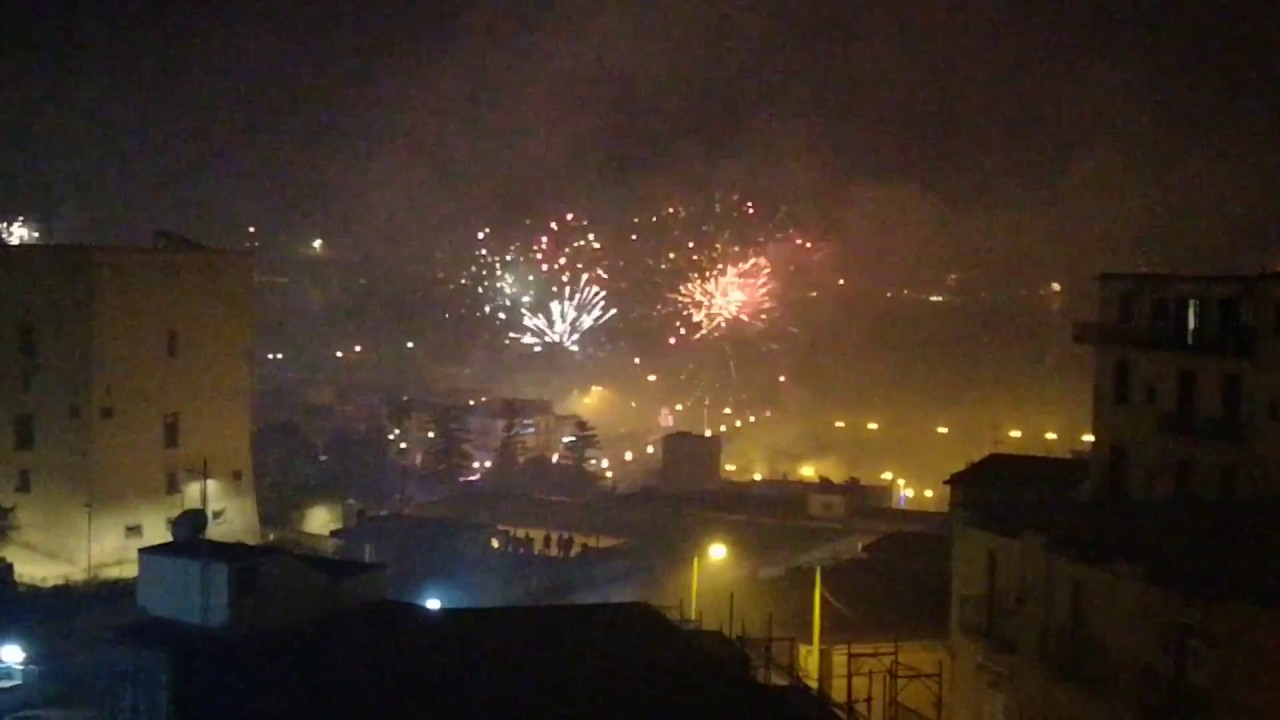 2018   Happy New Year   Naples  Italy Goes OFF    YouTube 2018   Happy New Year   Naples  Italy Goes OFF
