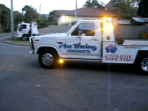 TOW TRUCK Ace Towing Sydney Ford F350 Lightshow 15th June ...