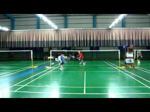 2011 0923 臺中 鴻毅羽球館 游擊隊 練習錄影 - YouTube
