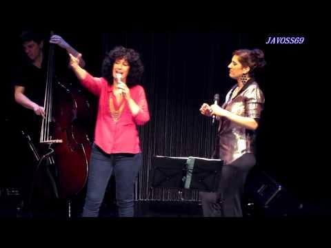 Ligia Piro & Julia Zenko - Yo vengo a ofrecer mi corazón