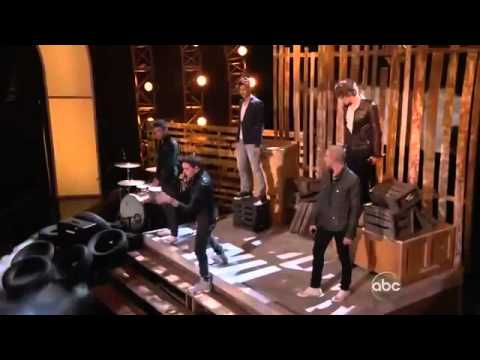 THE WANTED  Chasing the Sun Glad You Came ( BILLBOARD MUSİC AWARDS 2012 PERFORMANCE )