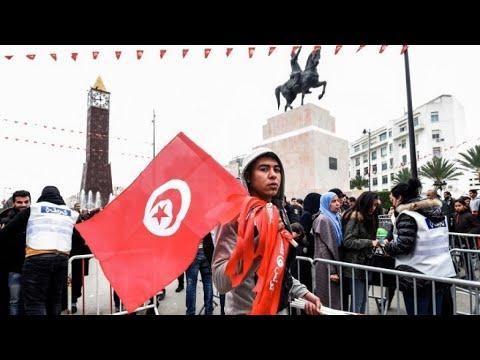 احتجاجات في سيدي بوزيد في الذكرى السابعة للثورة التونسية  - نشر قبل 23 دقيقة