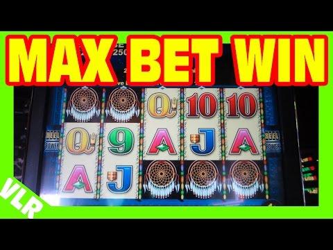 Jackpot win slot machine