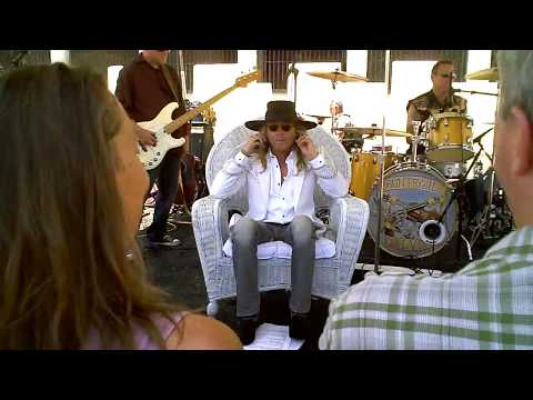 Robin Zander Band Private Concert joined later by Cheap Trick