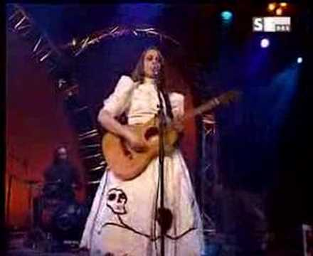 Petra Jean Phillipson / Cradle Of Your Smile (live)