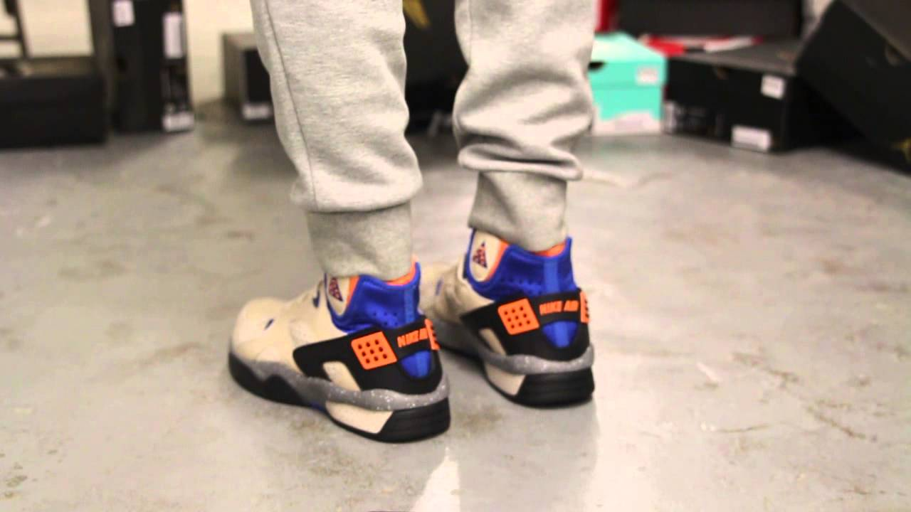 watch 65ef7 18aac Nike Mowabb OG On-Feet Video at Exclucity