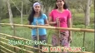Rie - Rie, Jam Pukul Lima And Esa Mokan (Makaaruyen)