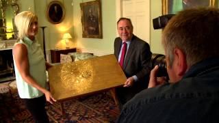 First Minister meets Modern Apprentice Hannah Ross