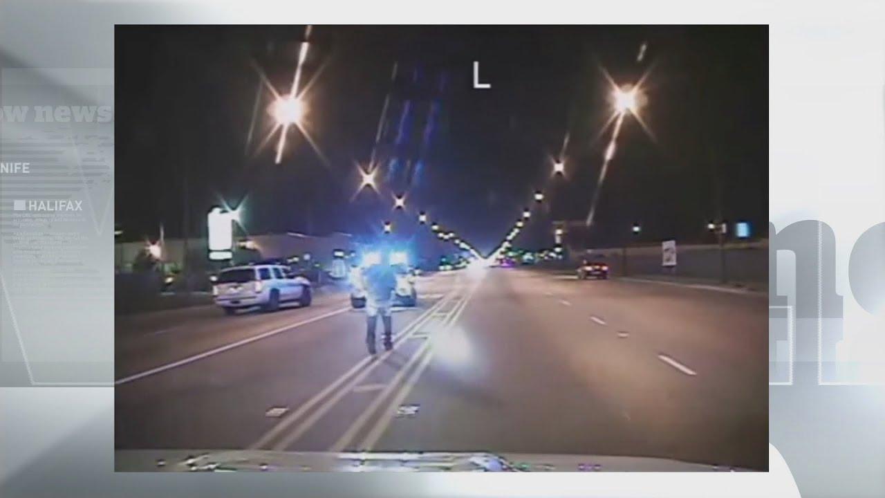 Download Fatal shooting of Laquan McDonald WARNING: graphic content.