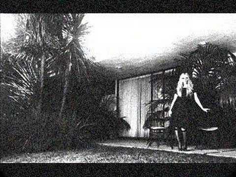 TWO RIVERS- Avril Lavigne