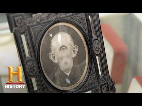 "Pawn Stars: ""Grandpa Cyclops"" Print by Devo's Mark Mothersbaugh (Season 15) | History"