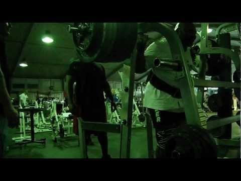 Anthony Harris 835 lbs x2 (379 kgs) Raw Squat with Wraps