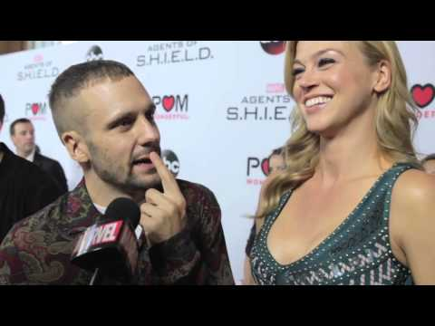Adrianne Palicki & Nick Blood – Marvel's Agents of S.H.I.E.L.D. on the Red Carpet