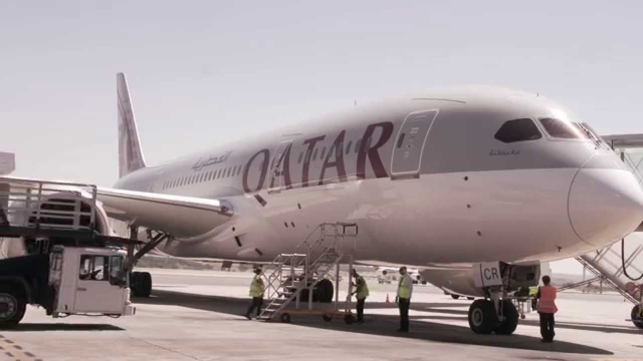 Madrid welcomes the qatar airways boeing 787 dreamliner for Oficina qatar airways madrid