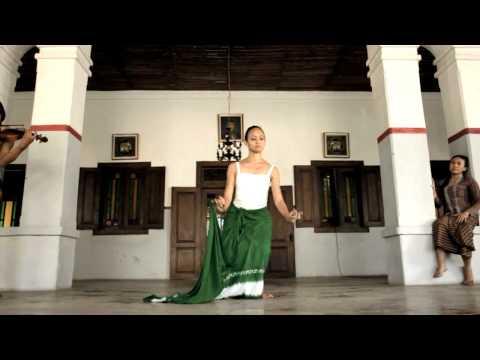 ONTOSOROH by Peni Candra Rini & Ade Suharto