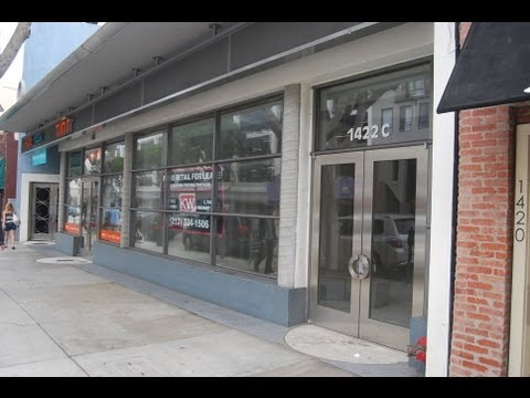 1422 C 2nd Street, Santa Monica, CA   1,708 sq ft of Prime Retail Space Downtown District