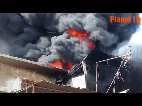 Fire In Poultry Farm at Kashmir Colony Double Road Karachi Pakistan