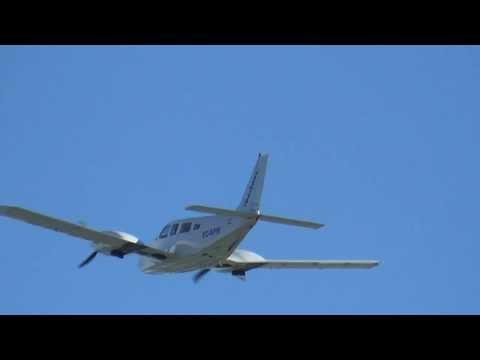 Piper PA-34 Seneca (Ibertour) aterrizaje y despegue en LESO