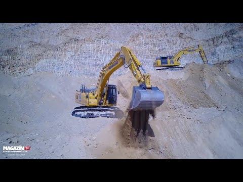 KOMATSU PC360LC & KOMATSU PC490LC excavators digging in quarry