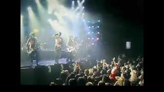"BVB Performing ""Fallen Angels"" At The Revolver Golden Gods Awards"