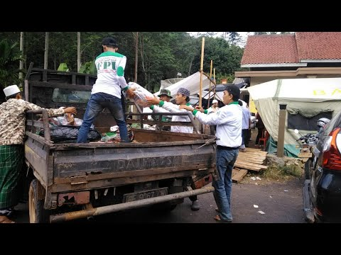Relawan FPI Lampung Salurkan Bantuan ke Warga Pekon Umbar