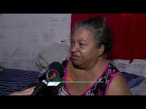 Vazamento de água preocupa moradores de Brejo de Beberibe, no Recife