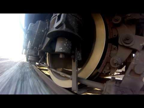 Полное служебное торможение со 115 до 40 км/ч.Full service brake application