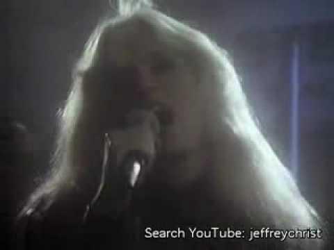 Kim Carnes-1982-Does It Make You Remember