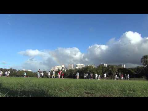 ar-drone-2.0-(-with-audio-/-sound-)-uav-(-dual-video-angles-)-waikiki-beach,-honolulu,-hawaii.