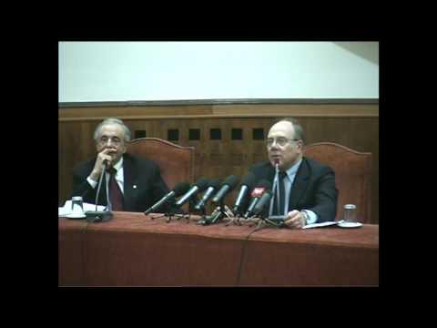 """Carlo Verdone, """"TRENT'ANNI DI TIC, VIZI E DIFETTI DEGLI ITALIANI"""""""